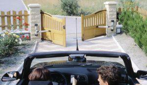Ouverture de portails motorisés lors d'un départ